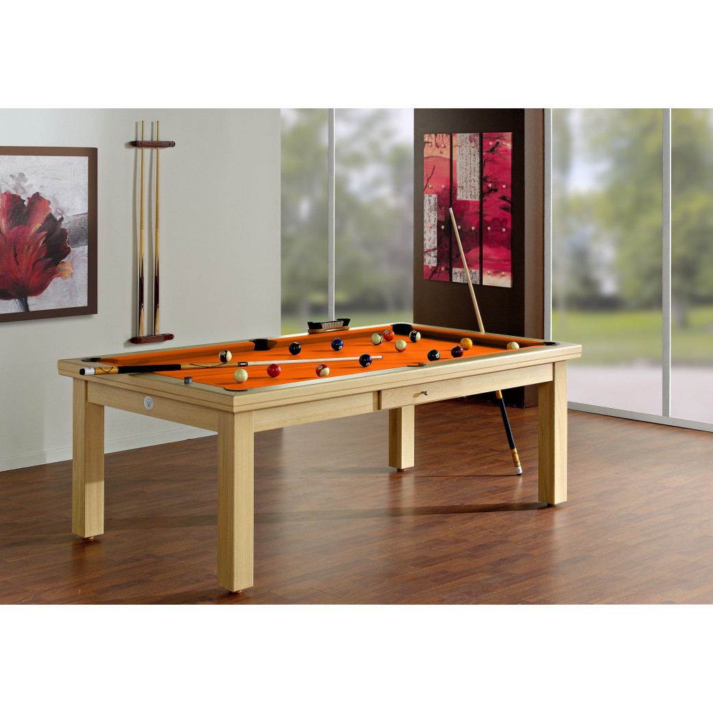 Billard table a manger, billard en bois clair et tapis orange