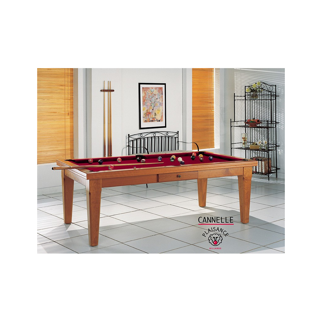 Billard sur table, en bordeaux couleur vin