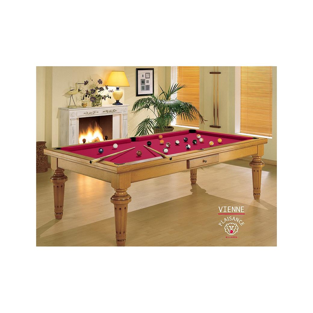 Billard : châssis en bois et tapis haut de gamme rouge