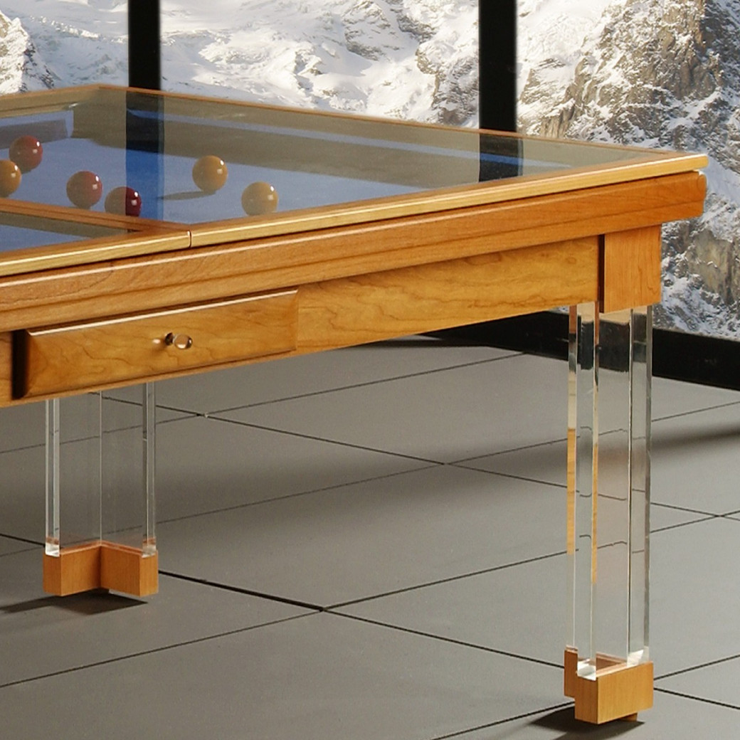 Billard table, gros plan sur la table en verre du billard convertible