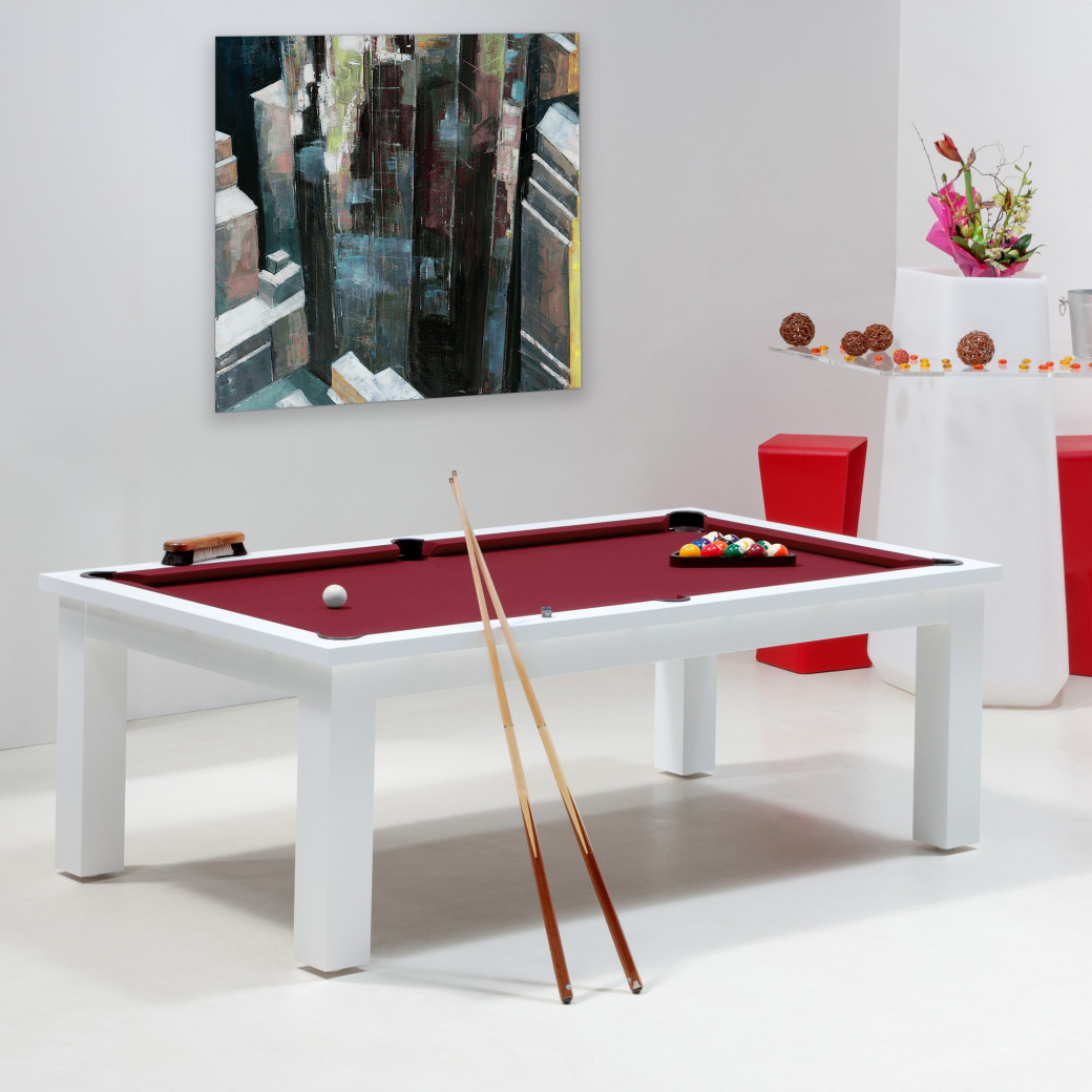 Billard francais, table de billard couleur bordeaux