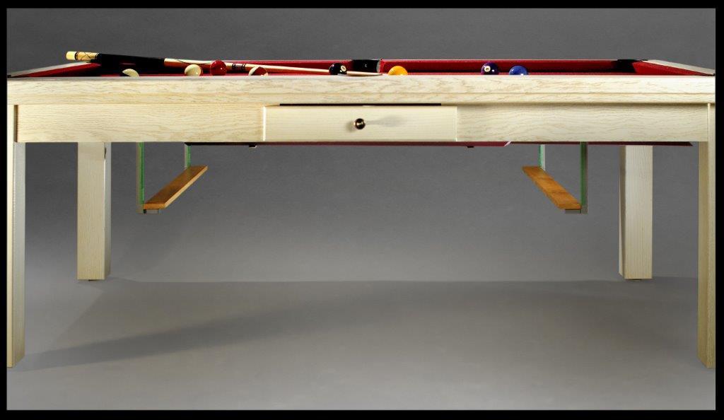 Billard table a manger, avec système de rangement juste en dessous du billard table
